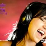 chica-escuchando-musica